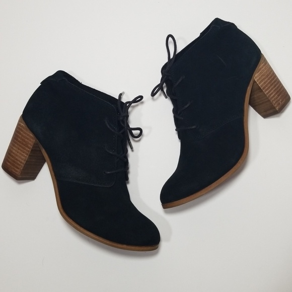 b6f1e6e0f40 Toms || black suede wood heel laced ancke booties